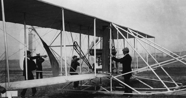 Comarch Aeropuertos 3.0 Biplano Wright tipo A