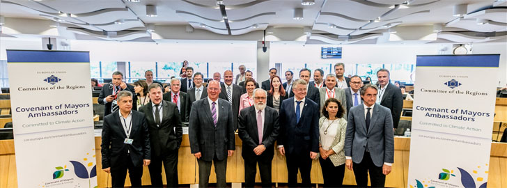 Miembros del grupo de Embajadores del Pacto de Alcaldes del Comité Europeo de las Regiones tras la celebración del Foro de lanzamiento