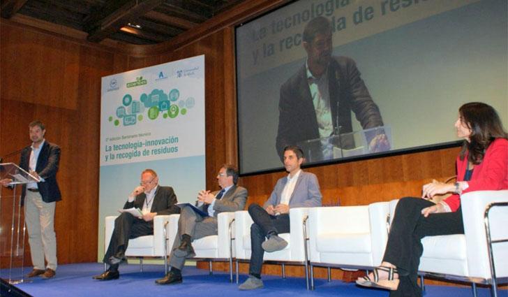 Seminario técnico sobre tecnología-innovación y recogida de residuos. Intervención de Juan Ávila, secretario general de la FEMP