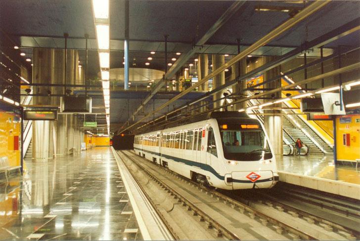 Metro de Madrid quiere recuperar la energía del subsuelo. Estación subterránea de metro