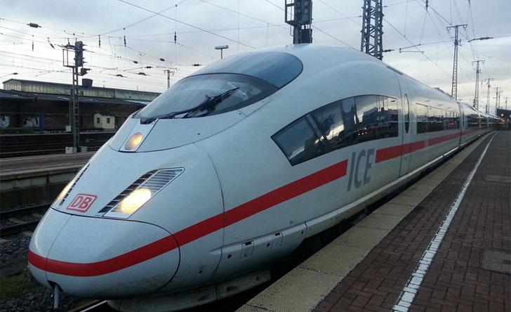 Pruebas de redes LTE para soluciones de tren de velocidades de hasta 200 km. Tren de alta velocidad