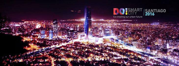 Chile celebra el Congreso y Expo Do! Smart City Santiago 2016. Imagen aérea nocturna de Santiago de Chile