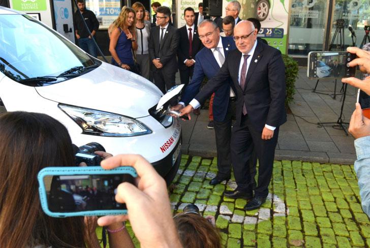 Reus inaugura otra estación de recarga rápida de vehículos eléctricos