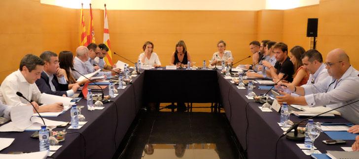 Reunión de la Junta Directiva de la Red Española de Ciudades Inteligentes, presidida por Núria Marín