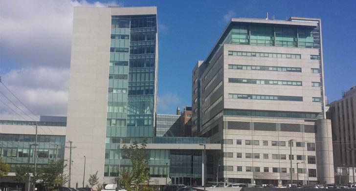 Un sistema de tuberías para gestionar los residuos en hospitales. Fachada del Jewish General Hospital de Montreal
