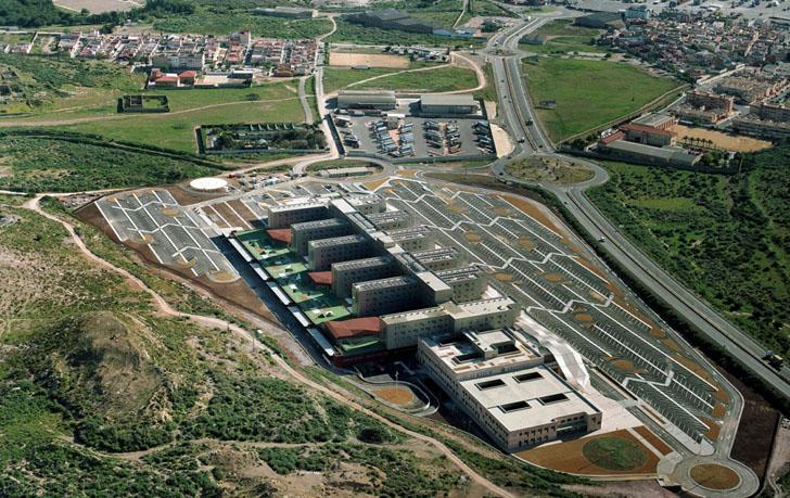 Un sistema de tuberías para gestionar los residuos en hospitales. Vista aérea del Hospital de Santa Lucía en Cartagena