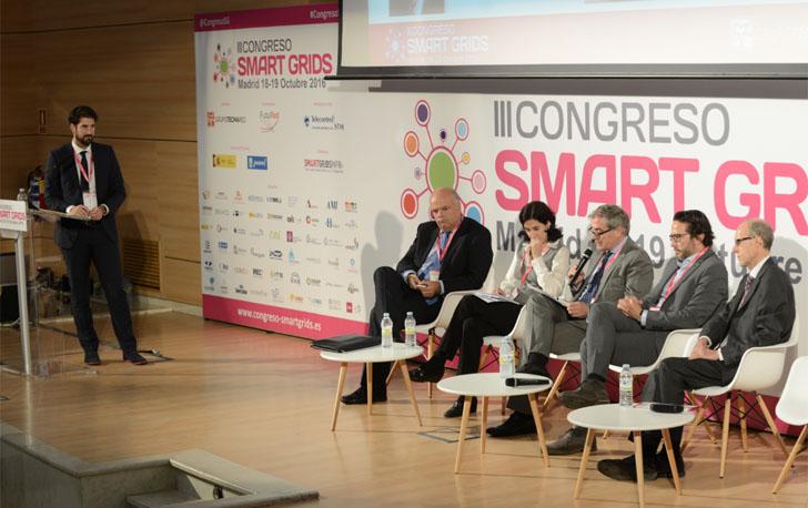 Debate en Mesa Redonda durante el III Congreso Smart Grids