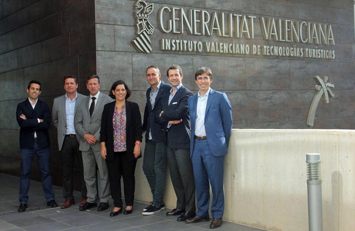 Asistentes a la comisión de gestión del proyecto Destinos Turísticos Inteligentes en la Comunidad Valenciana
