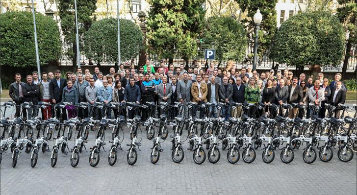 Acto de entrega de las bicicletas eléctricas por parte de la Diputación de Barcelona a los Ayuntamientos de su demarcación