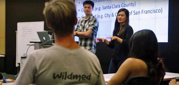 Una sesión de trabajo de la iniciativa Ciudades Humanas de la Universidad de Stanford, con la profesora Deland Chan