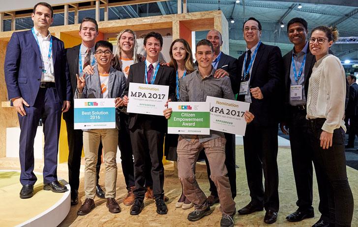 Finalistas y ganadores de la segunda edición del certamen Smart City Hack 2016