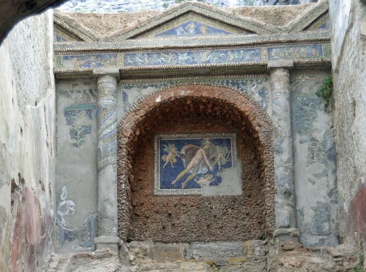 Tecnología de videovigilancia para el legado arqueológico de Pompeya. Uno de los espacios ornamentados que pueden verse en Pompeya
