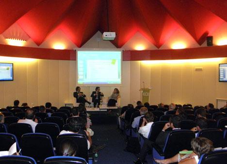 Imagen de la sala durante la presentación del Estudio.