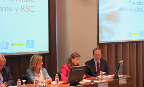 Maj Britt Larka-Abellán, respresentante del Ministerio de Medio Ambiente y Medio Rural y Marino, durante su intervención en la jornada