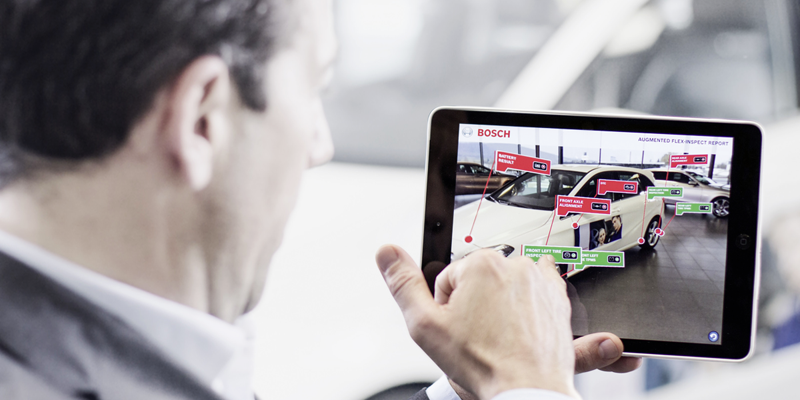 El 'taller conectado' permite enviar información en tiempo real sobre el estado del vehículo a su dueño. Además utiliza realidad aumentada.