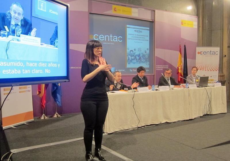 Presentación del informe Compras TIC relacionadas con la accesibilidad en la contratación pública en España, interpretada también en lengua de signos.