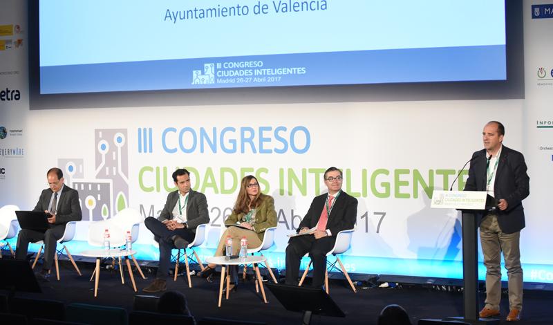 Ramón Ferri, del Ayuntamiento de Valencia, explicó el proceso de consolidación de la plataforma VLCi en la gestión de la ciudad.