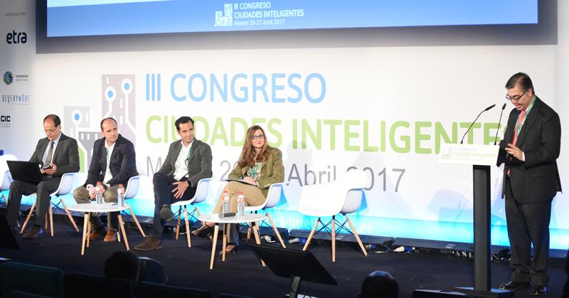 José Javier Rodríguez, Subdirector General de Innovación y Ciudad Inteligente del Ayuntamiento de Madrid, fue el moderador del primer bloque de ponencias del Congreso.