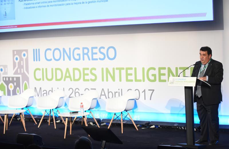 Ernesto Gasco, Teniente de Alcalde y Concejal de Impulso Económico, Empleo, Turismo, Comercio y Hostelería del Ayuntamiento de San Sebastián, ofreció la segunda conferencia magistral del Congreso.