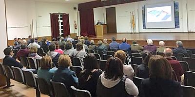 Ayuntamiento de Curtis: reuniones con vecinos y participación ciudadana