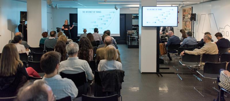 Uno de los aspectos a analizar durante el encuentro 'Ciudades Inteligentes y Sostenibles' fue el impacto de la revolución de la tecnología en el urbanismo y en los usos de las ciudades.