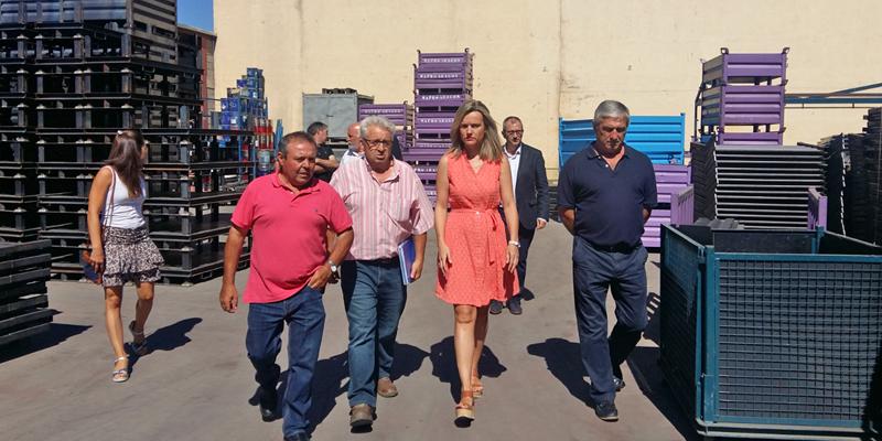 Visita de la consejera de Innovación, Pilar Alegría, a diferentes instalaciones de Aniñón que utilizan el servicio de Internet de banda ancha puesto en marcha mediante el proyecto ConectAragón.