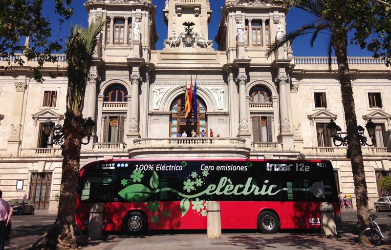 Valencia prueba el autobús eléctrico durante un mes y medio para su posible incorporación a la flota de la EMT.