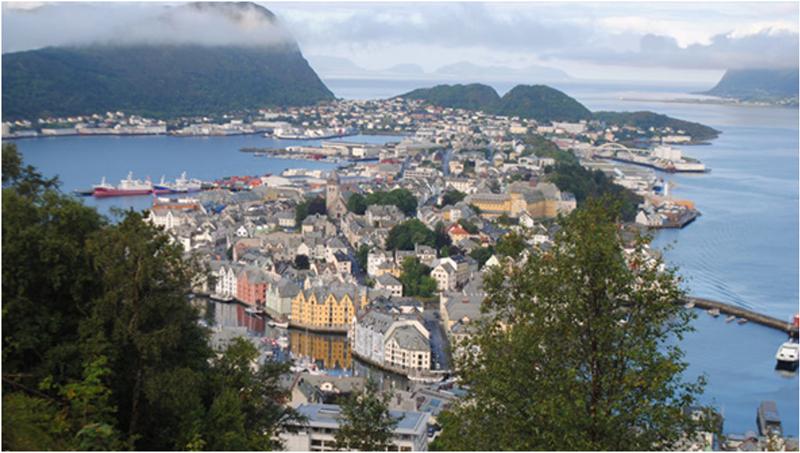 Figura 1. Bergen es la puerta de entrada de los fiordos noruegos.