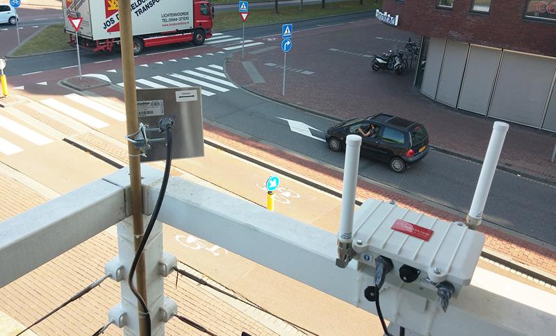 Los sensores y gateways de IoT se instalaron también en cruces e intersecciones de varias calles.