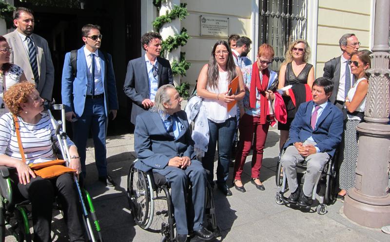 El Espacio Integrado Inteligente fue inaugurado por representantes de CENTAC, del Ayuntamiento de Alcalá de Henares y de empresas y asociaciones implicadas.