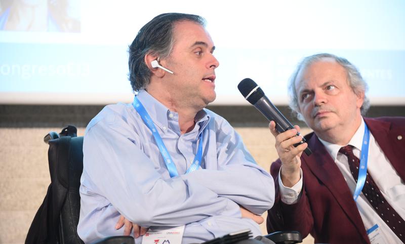 Jesús Hernández-Galán durante su participación en el III Congreso Edificios Inteligentes celebrado el pasado mes de junio.