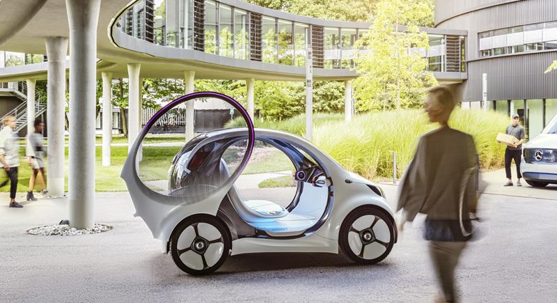 El modelo de carsharing es revolucionario por su diseño, con puertas que se abren hacia arriba, y por sus funcionalidades ya que va a buscar al cliente.