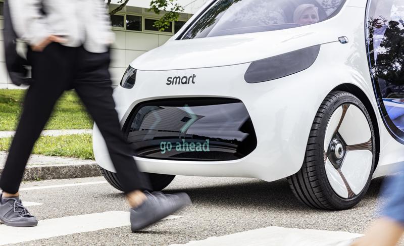 El carsharing eléctrico y conectado ofrece información también para los peatones.
