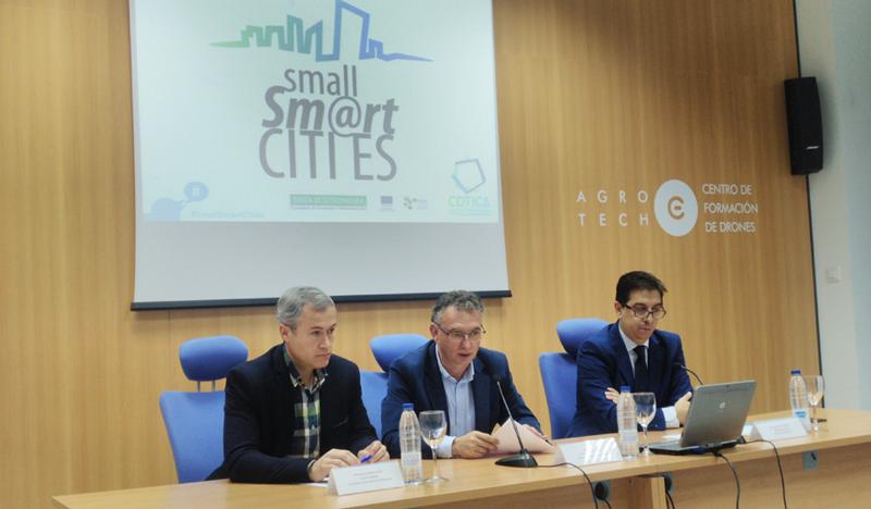 Presentación en la que se anunció la creación de una oficina permanente para impulsar proyectos relacionados con el desarrollo de proyectos smart city en Extremadura el próximo año.
