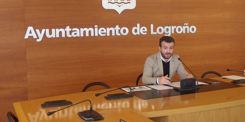 El concejal Manuel Peiró explicó que el número de trámites llevados a cabo por los ciudadanos a través de la sede electrónica del Ayuntamiento de Logroño pasó de menos de 20.000 en 2016 a más de 32.000 en 2017.