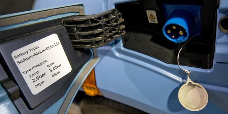La sede electrónica de IDAE está abierta a la solicitud de ayudas del Plan MOVALT para puntos de recarga de vehículo eléctrico desde la 10:00 horas de este martes, 23 de enero.