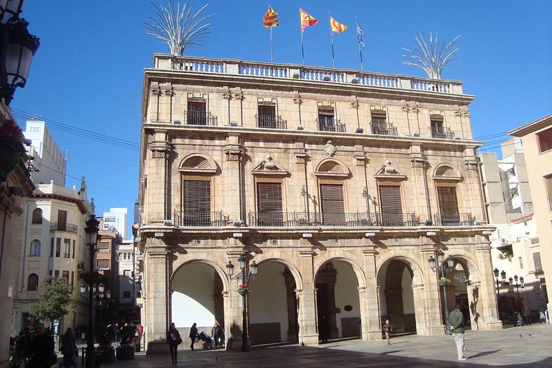 El Plan Smart City Castelló fue aprobado el jueves pasado en el pleno municipal y será financiado a través de fondos FEDER asignados a la Estrategia DUSI.  Foto: Juan Emilio Prades.