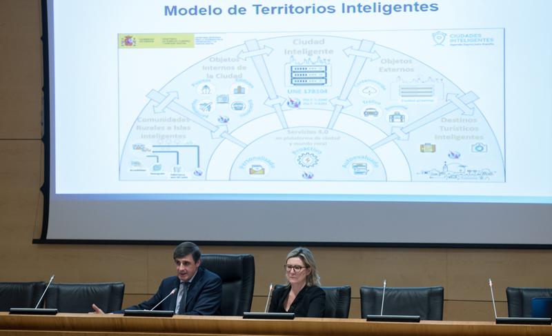 El Plan abordará aspectos como la movilidad, los destinos turísticos inteligentes, IoT y la interactuación entre las ciudades y los territorios que las rodean.
