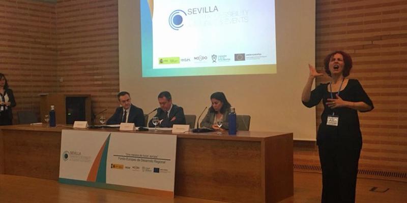 El director general de Red.es, el alcalde de Sevilla y la directora del territorio sur de Telefónica presentaron el proyecto Sevilla Smart Accesibility, Tourist and Events que estará listo antes del verano.