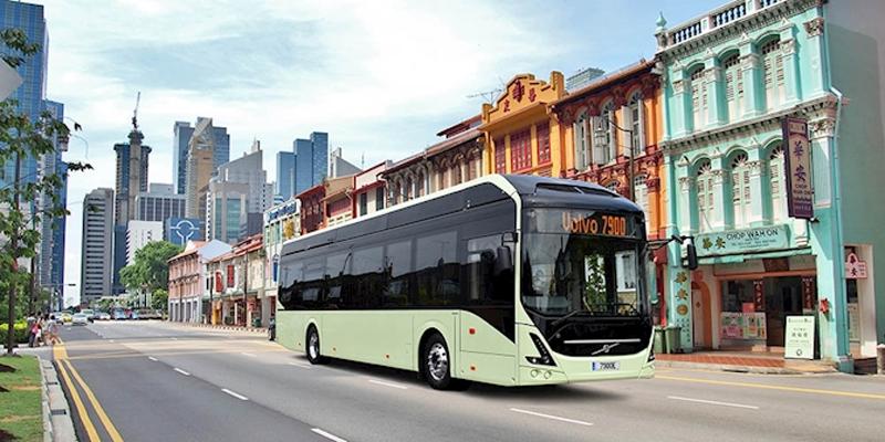 Recreación de uno de los dos dos autobuses autónomos y eléctricos con los que contará Singapur a principios de 2019. Foto: ABB