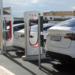 El municipio sevillano de Aguadulce dispone de ocho puntos de recarga Tesla para vehículo eléctrico