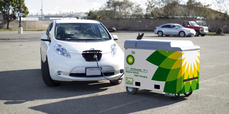 BP quiere extender en sus estaciones de servicio europeas un sistema portátil de carga rápida para coches eléctricos desarrollado por el fabricante estadounidense FreeWire.