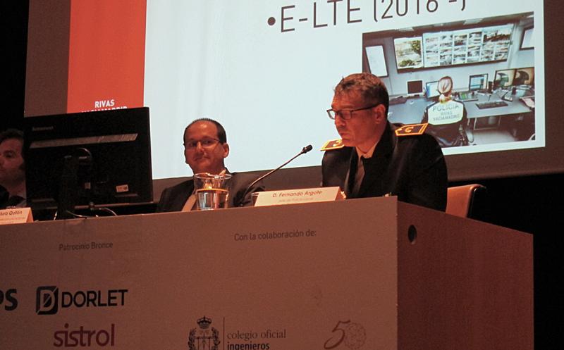 Carlos Ventura (Izda.) y Pedro Argote (drcha.) explicaron los despliegues de ciudad inteligente de Rivas Vaciamadrid.