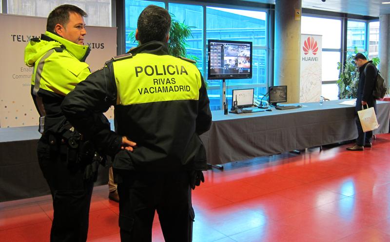 La policía local de Rivas se muestra satisfecha con el despliegue de la red privada de banda ancha para emergencias eLTE.
