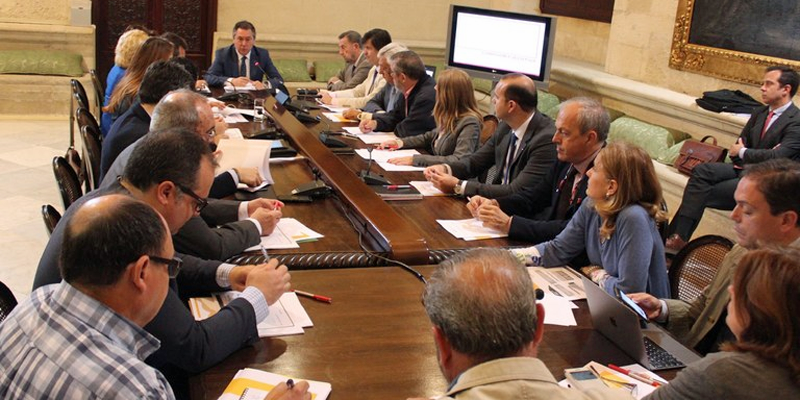 Encuentro con diferentes agentes sociales para la elaboración del Plan Estratégico Sevilla 2030.