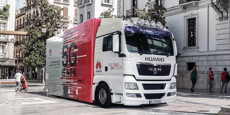 El centro de demostraciones itinerante de Huawei visitó Sevilla la semana pasada, dentro de su ruta para los próximos tres meses a lo largo de diez países.