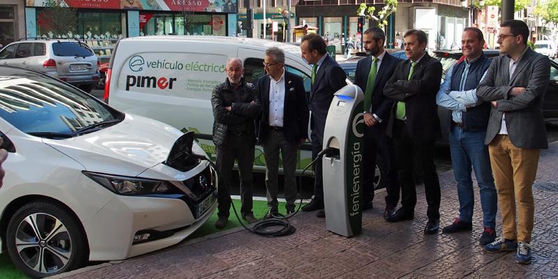 Puesta en funcionamiento del punto de recarga semirrápida para coches eléctricos en Logroño.