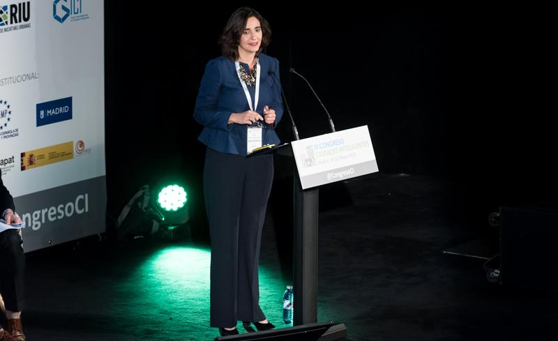 Celia Romero, CEO de Inteligencia Turística y coordinadora del Ente Gestor DTI de Benidorm, durante su ponencia.