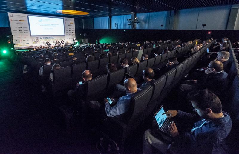 Más de 500 congresistas se reunieron en el auditorio de La Nave, en Madrid.