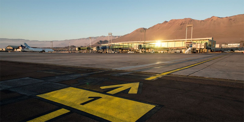 AeropuertoInternacional Diego Aracena Aguilar de Iquique (Chile) donde Ikusi va a desplegar su plataforma de gestión inteligente Spider. Ya son cuatro los aeropuertos del país andino que incorporan este sistema.